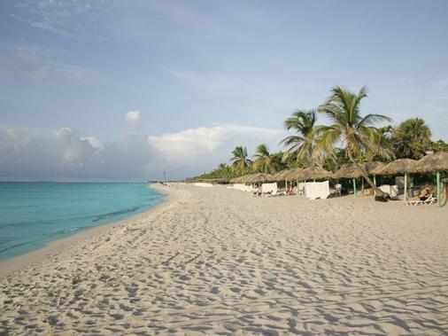 洛克阿里納斯多拉達斯酒店 - Varadero - 海灘