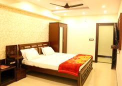 Hotel Grand Sandarshini Inn - Hyderabad - Makuuhuone