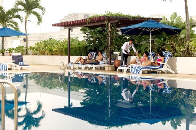 Hotel Jen Penang by Shangri-La - George Town - Piscina