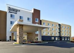 Fairfield Inn and Suites by Marriott Martinsburg - Martinsburg - Rakennus