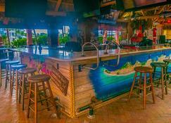 The Lighthouse Resort Inn & Suites - Fort Myers Beach - Bar