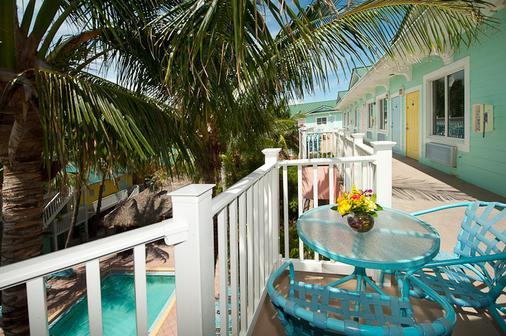 The Lighthouse Resort Inn & Suites - Fort Myers Beach - Parveke
