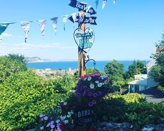 The Nags Head - Room only accommodation - Lyme Regis - Außenansicht