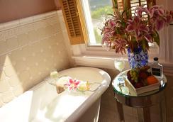 馬拉楊克錢伯斯住宿加早餐旅館 - 費城 - 浴室