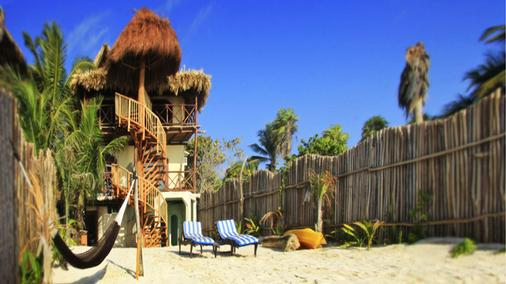 Playa Canek Beachfront Eco Hotel - Tulum - Näkymät ulkona
