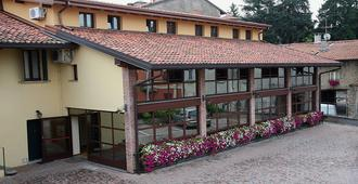 Locanda dell'Oca Bianca - Como - Building