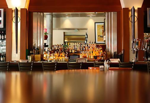 Courtyard by Marriott Denver Downtown - Denver - Bar