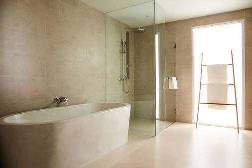 Mantra Samui Resort - Ko Samui - Phòng tắm