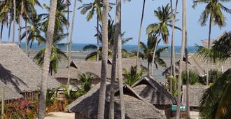 Barry's Beach Resort - Mkwaja - Azotea