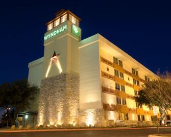 Wyndham Garden Hotel - Austin - Austin - Edificio