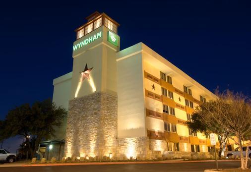 Wyndham Garden Hotel - Austin - Austin - Rakennus