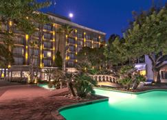 Hotel Lucerna Tijuana - Тіхуана - Будівля