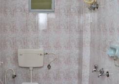 Hotel Cokkers Tower. - Kodaikānāl - Bathroom