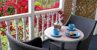 大龐森比藝術住宿加早餐旅館 - 奧克蘭 - 天井