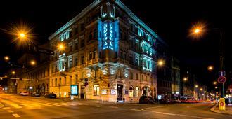 Boutique Hotel Seven Days - Prague - Building