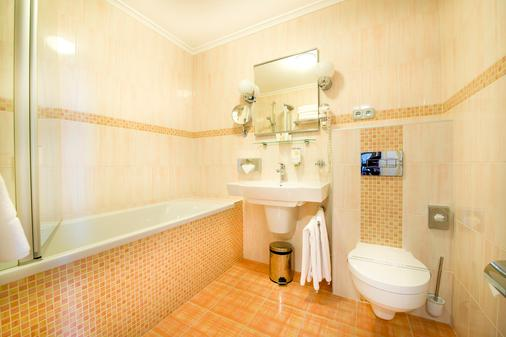 Boutique Hotel Seven Days - Prague - Bathroom