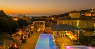 三月香氣望廈賓館酒店 - Buzios (布基亞斯濱海碼頭) - Buzios/布基亞斯 - 游泳池