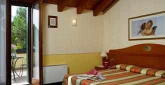 Hotel Antico Moro - Venice - Bedroom