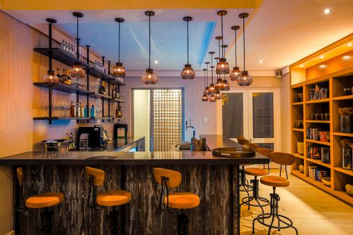 AtholPlace Hotel & Villa - Γιοχάνεσμπουργκ - Bar