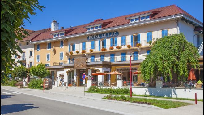 Hôtel Le Lac - Malbuisson - Building