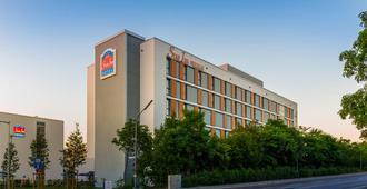 โรงแรมสตาร์จี พรีเมียม มึนเคน โดมักค์ซตราเซอ - มิวนิค
