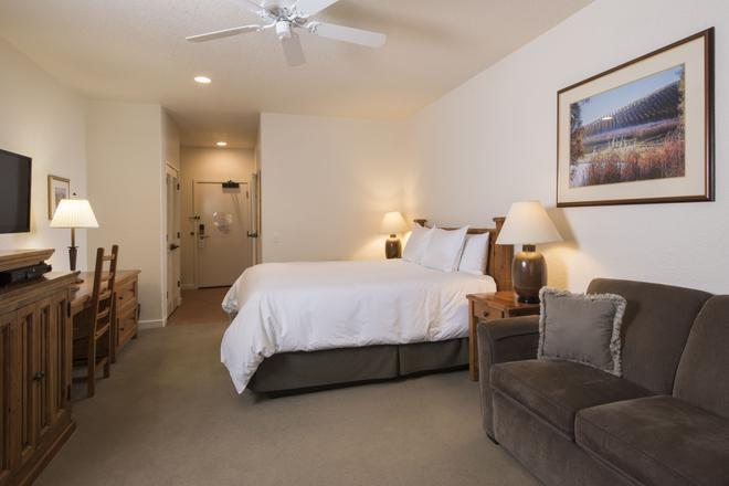 El Pueblo Inn - Sonoma - Living room