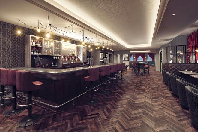 利物浦希爾頓逸林溫泉酒店 - 利物浦 - 利物浦 - 酒吧