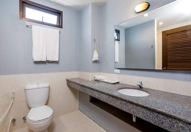 Sino Inn - Phuket City - Bathroom