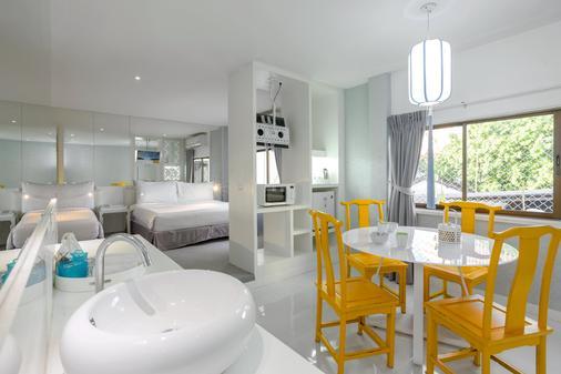 Sino Imperial Design Hotel - Phuket City - Dining room