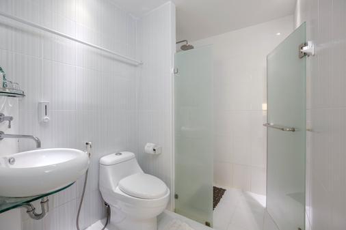 Sino Imperial Design Hotel - Phuket City - Bathroom