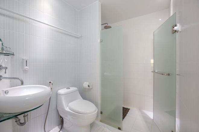 Sino Imperial Design Hotel - Πουκέτ - Μπάνιο