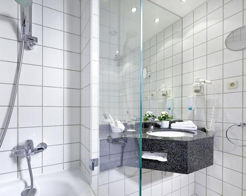 Sachsenpark-Hotel - Leipzig - Bathroom