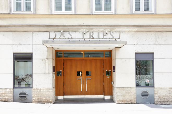 Hotel Das Triest - Vienna - Building