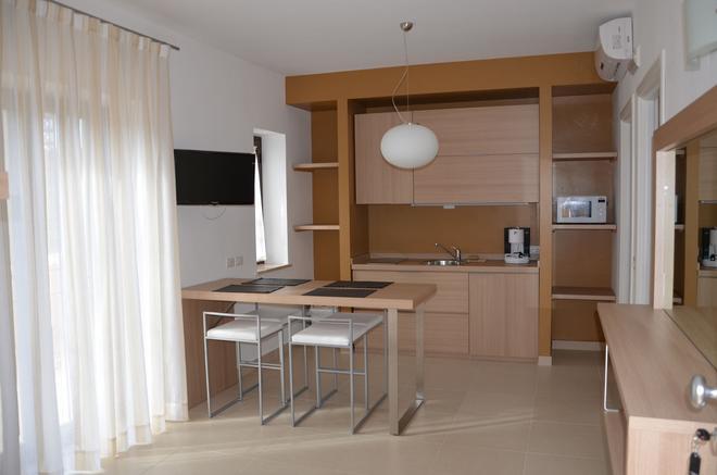 San Michele Apartments - Catanzaro - Kitchen