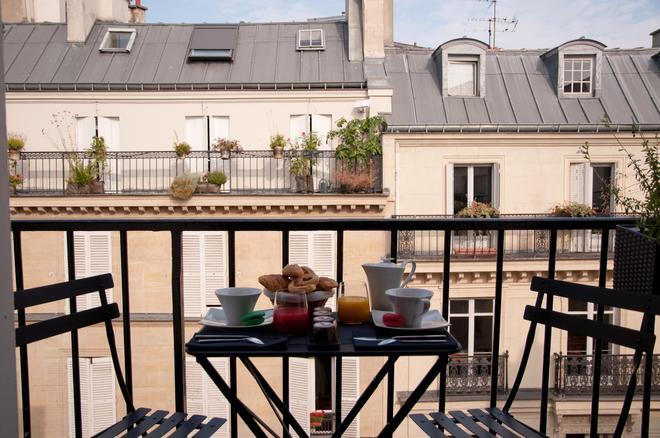 Hotel Elysees Mermoz - París - Balcón