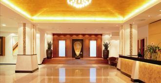 Hotel Riviera - LifeClass Hotels & Spa - פורטורוז - לובי
