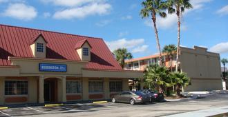 Remington Inn and Suites - Altamonte Springs