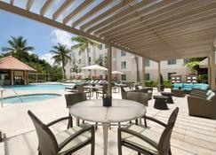 Hampton Inn & Suites San Juan, Puerto Rico - San Juan - Piscina