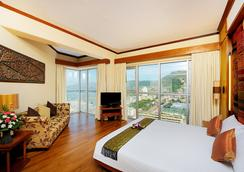 The Royal Paradise Hotel & Spa - Patong - Bedroom