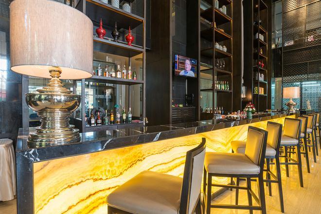 The Royal Paradise Hotel & Spa - Bãi biển Patong - Bar