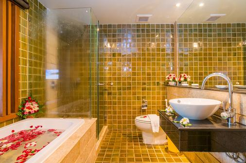The Royal Paradise Hotel & Spa - Patong - Bathroom