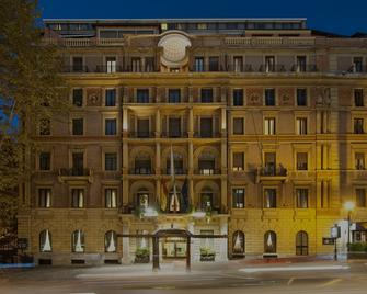 Ambasciatori Palace - Rome - Building