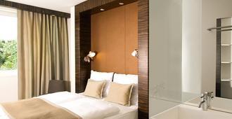 B&B Hotel Köln-West - Cologne - Bedroom