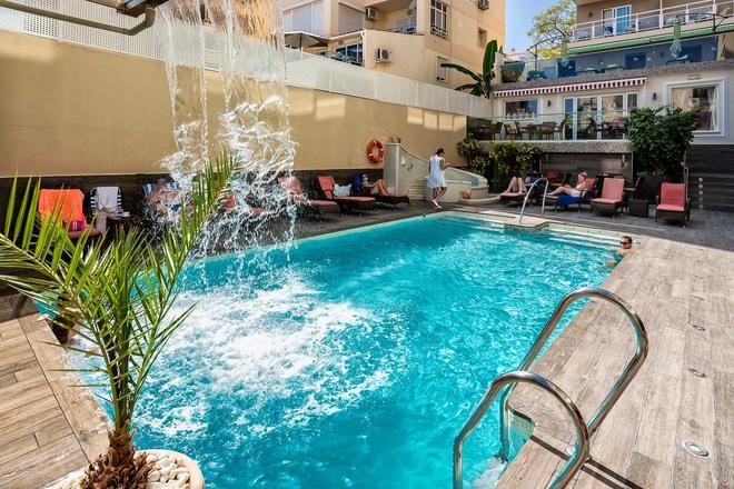 El Tiburon Hotel Boutique & Spa - Adults Recommended - Torremolinos - Pool