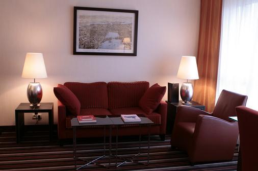 Steigenberger Hotel Hamburg - Hamburg - Phòng khách