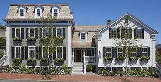 Greydon House - Nantucket