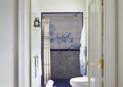 Greydon House - Nantucket - Bathroom