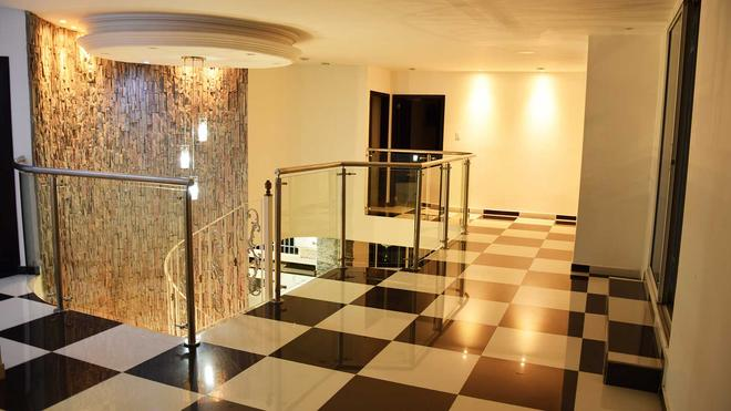 Hotel Peira House - Cartagena de Indias - Pasillo