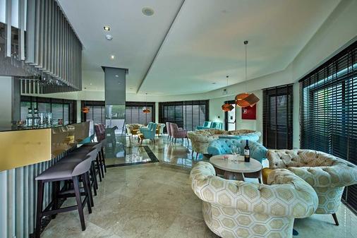 The Magnolia Hotel - Almancil - Bar