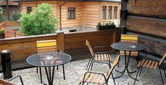 Hostel Stara Polana - Zakopane - Outdoor view